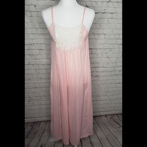 Vintage 70's Juli Ltd Girly Pink Lace Night Gown